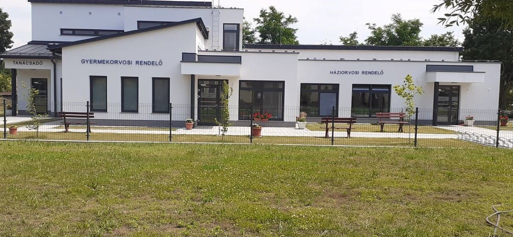 | Tájékoztatás az új egészségház használatbavételi engedélye körüli tevékenységekről