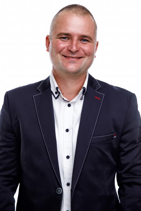   Vörös László - képviselő